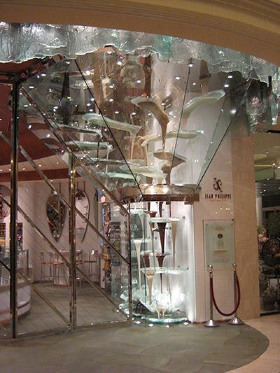 самый большой шоколадный фонтан