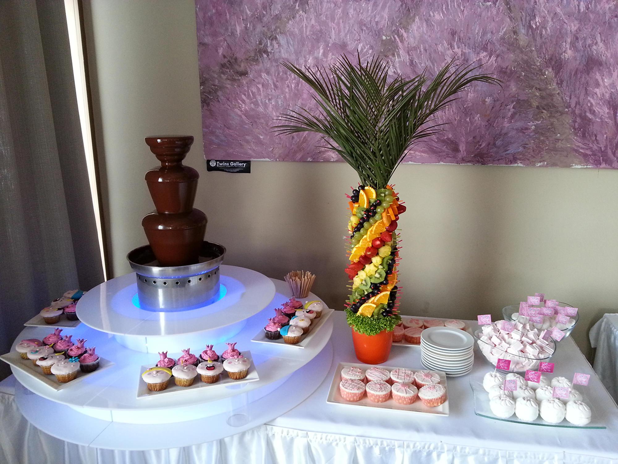 Шоколадный фонтан Мини с фруктовой пальмой на 3 кг