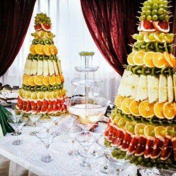 пирамида из фруктов